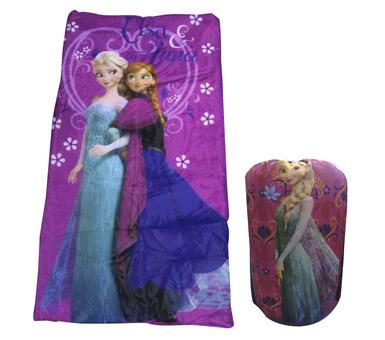 Modelo para niña. Medidas: 165 x 75 cm 100% Polyester. Recomendado para niños mayores de 3 años.