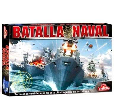 Batalla Naval, para niños de 8 años en adelante. Contiene 2 bases con pantalla plástica, 168 anotadores blancos, 72 anotadores rojos y 10 barcos de guerra.