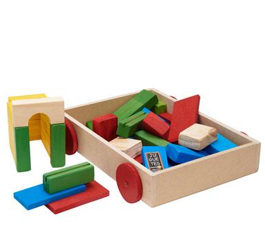 Carro con bloques coloridos para armar. Todo madera.