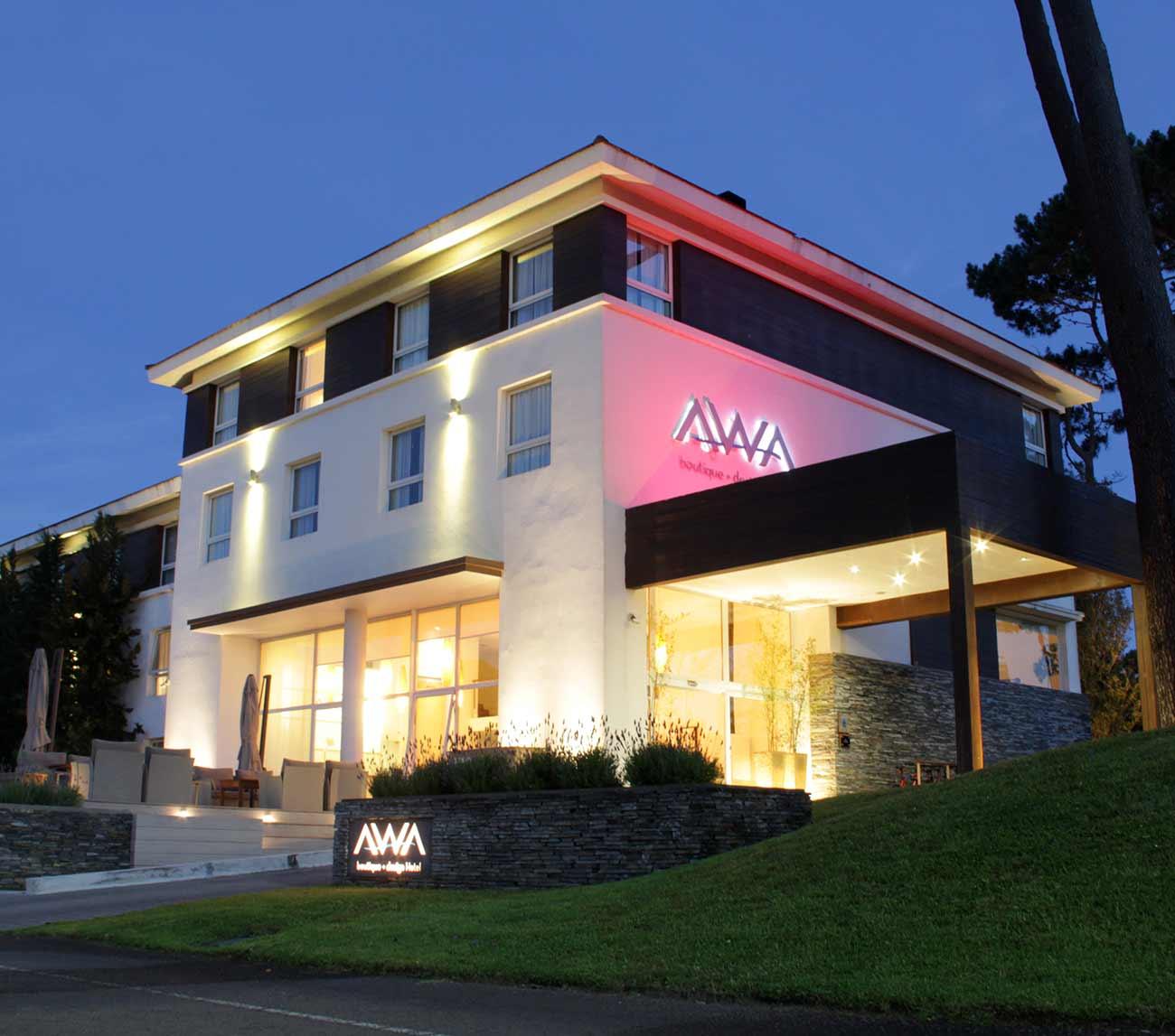 Vale de US$ 100 para descontar de estadía en Hotel Awa. Recibirás por mail un código que deberás enviar al momento de hacer la reserva, previa consulta de disponibilidad a reservas@awahotel.com  tel  4249 9999.