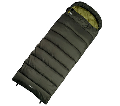 Sobre de dormir Traveler, National Geographic. Colores: azul o verde. Relleno 100% fibra de poliester. Medidas: 75 cm * 180 cm.