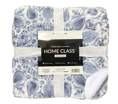 Frazada polar con corderito.  Marca: Home Class Color: cuadros azules Medidas: 150 x 240 cm (1 plaza)